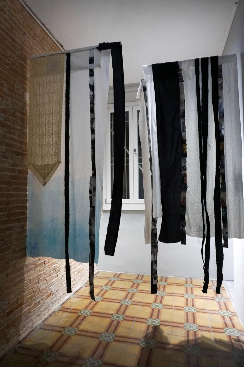 """Vista dell'installazione ambientale di """"Le tende"""", Fondazione Giuseppe Siotto, Cagliari, 2020. Collezione Fondazione Siotto. Ph: Francesca Ledda"""
